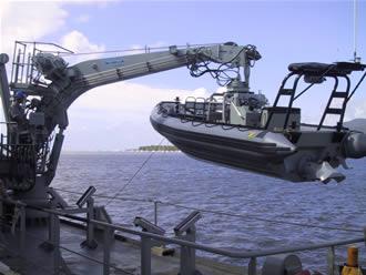 the open boat essay the open boat essay the open boat stephen crane